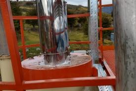 Montaje de canalización en Vinisa Fueguina
