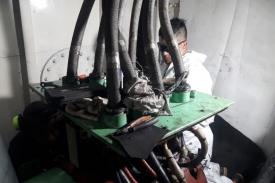 Reemplazo de rodamiento en buque Chiyo Maru