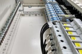 Tablero de distribución para linea de embalaje en Vinisa Fueguina