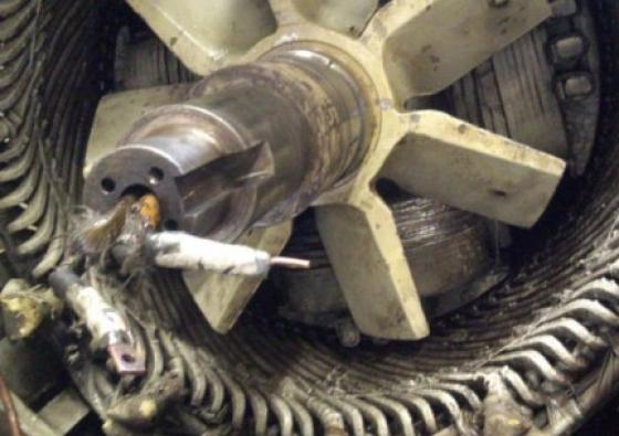 Cambio de rodamiento en buque Centurión del Atlántico