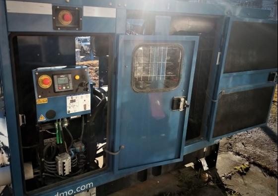 Reemplazo de placa en motor de generador del Banco BTF