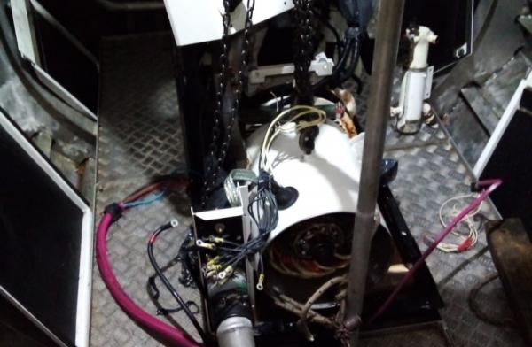 Desconexión y desmonte del Generador del catamarán ELISSABETA